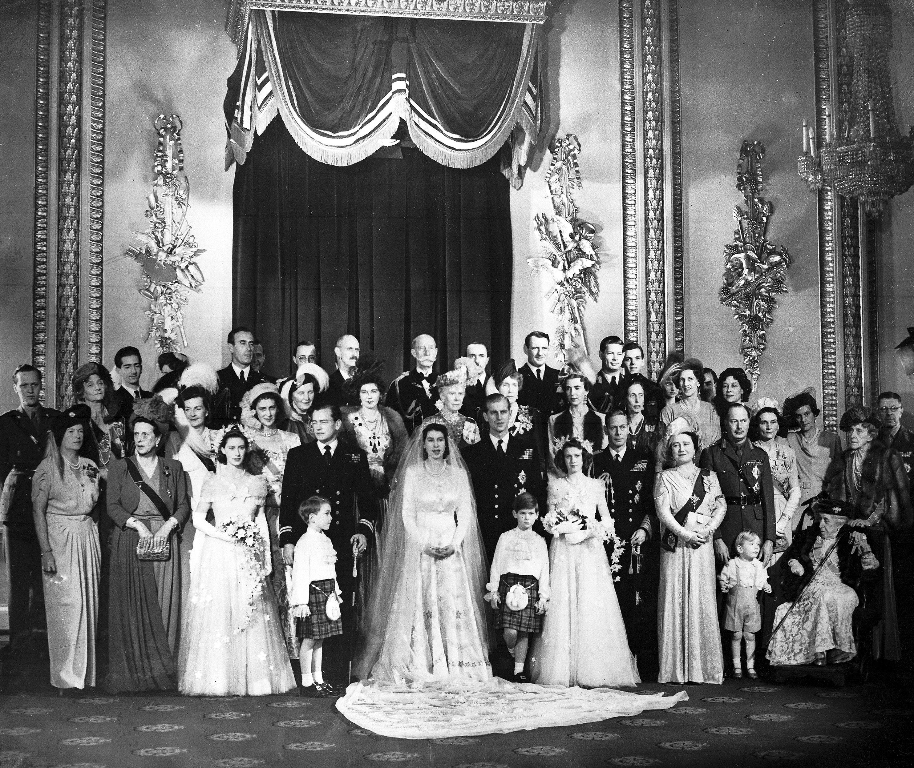 Elizabeth y Philip se casaron el 20 de noviembre de 1947 en la Abadía de Westminster en 1947 cuando ella tenía 21 años y él 26. (AP)
