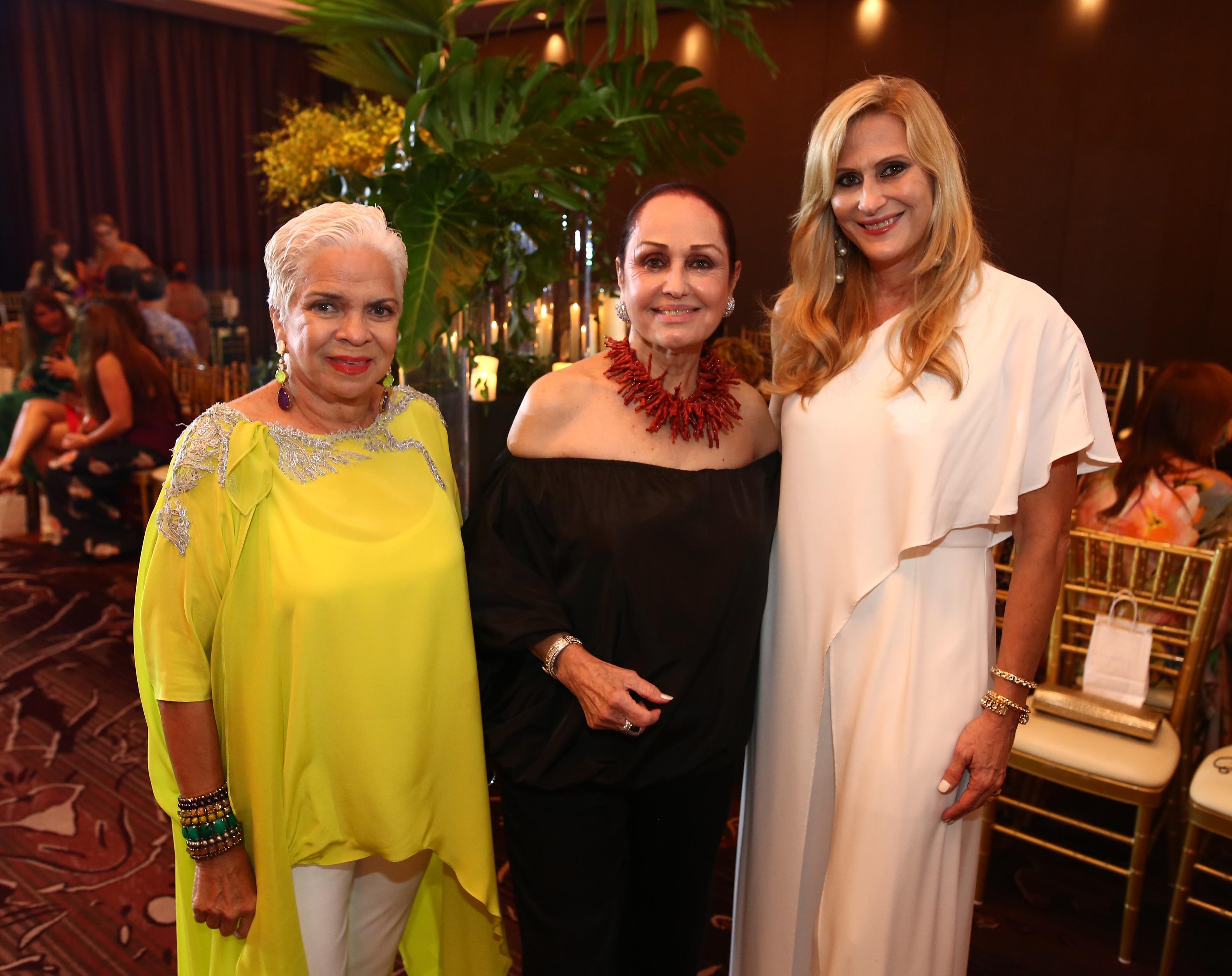 Lucy Rodríguez Bacardi, Ruby Lefranc y María Fortuño (Foto: José Rafael Pérez Centeno)