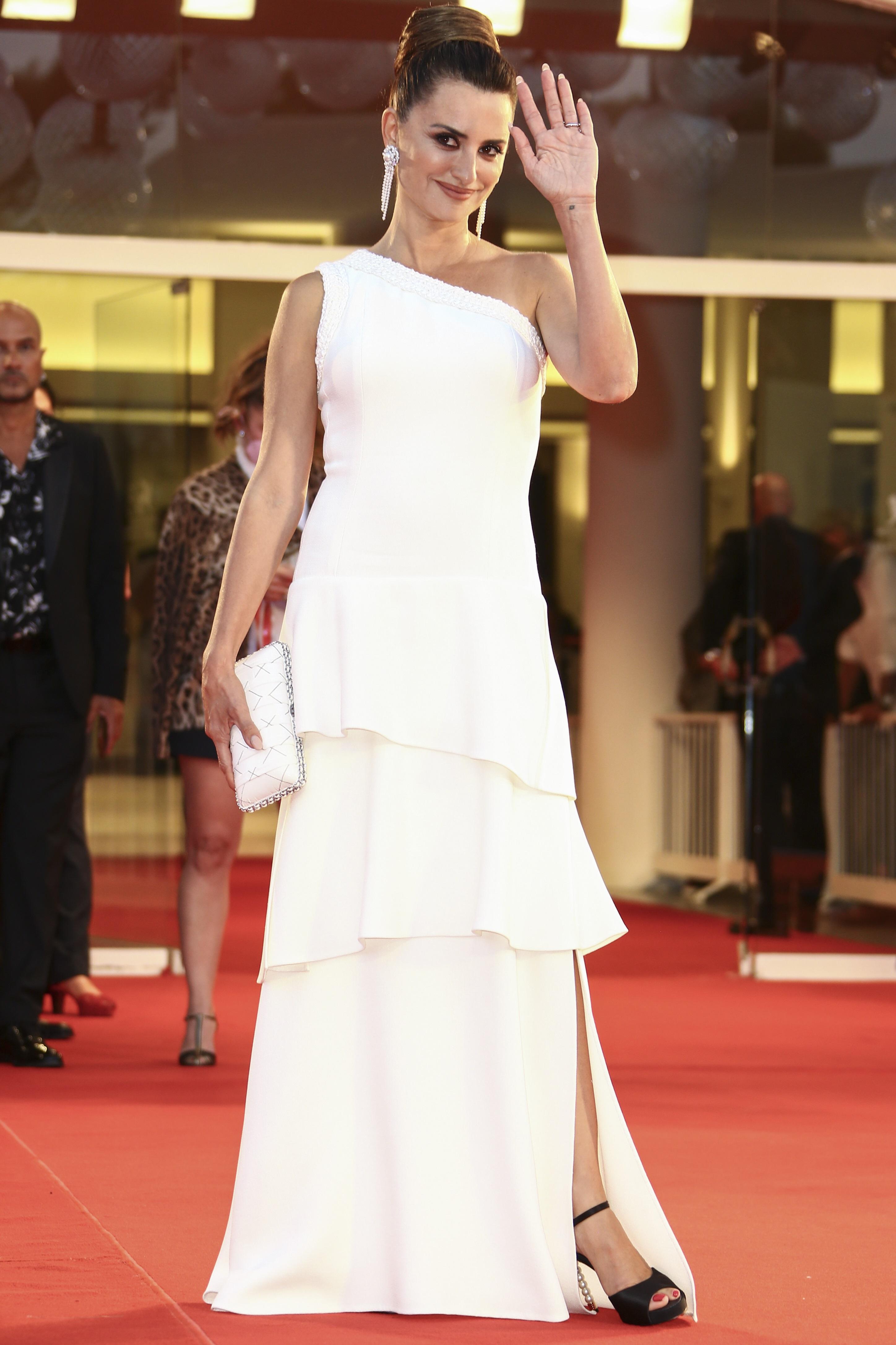 Penélope Cruz vistió de Chanel. (AP)