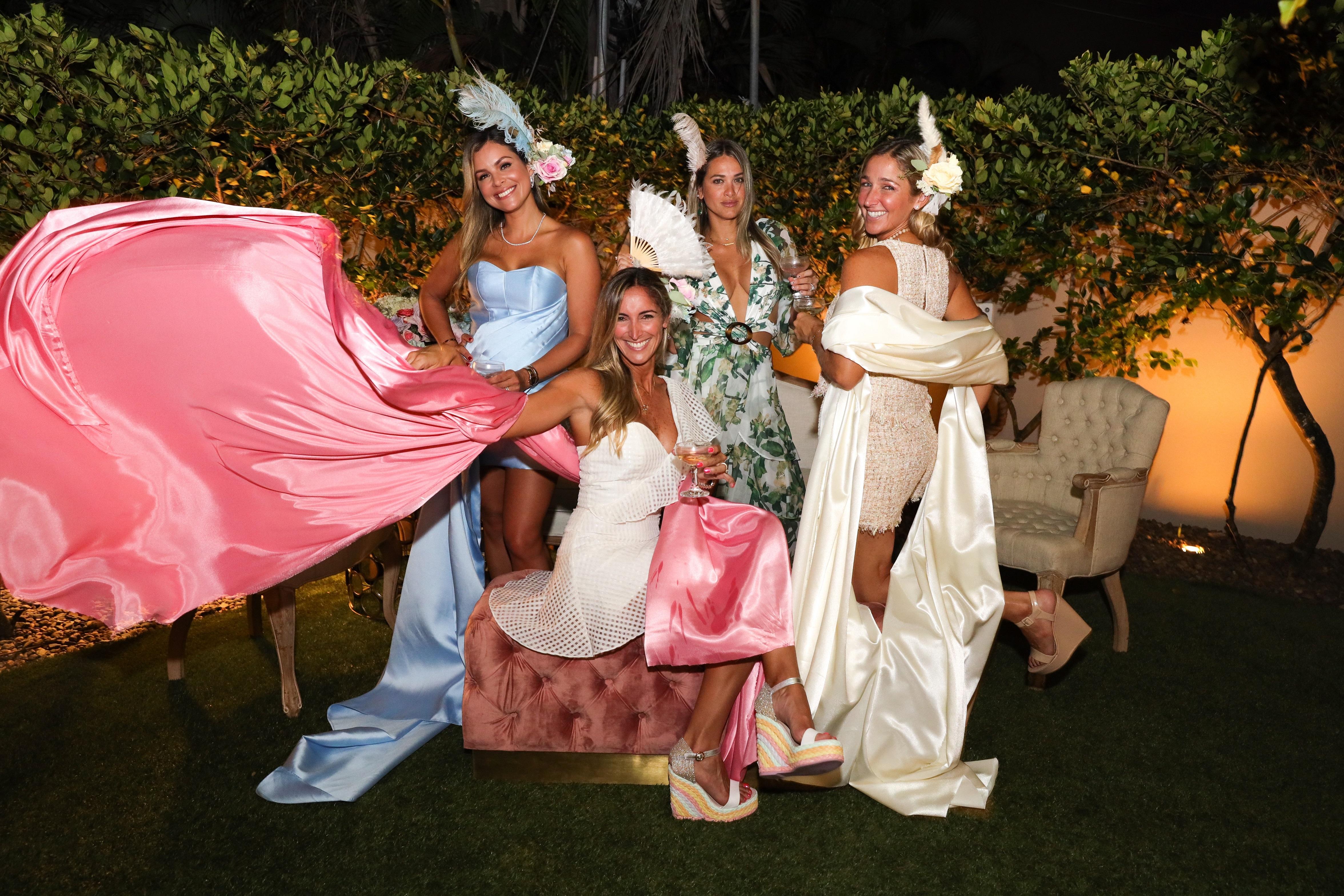 Mónica Ponce, Bianca Thon, Verónica Arias y Viviana Thon. (Suministrada/Karina Margary)