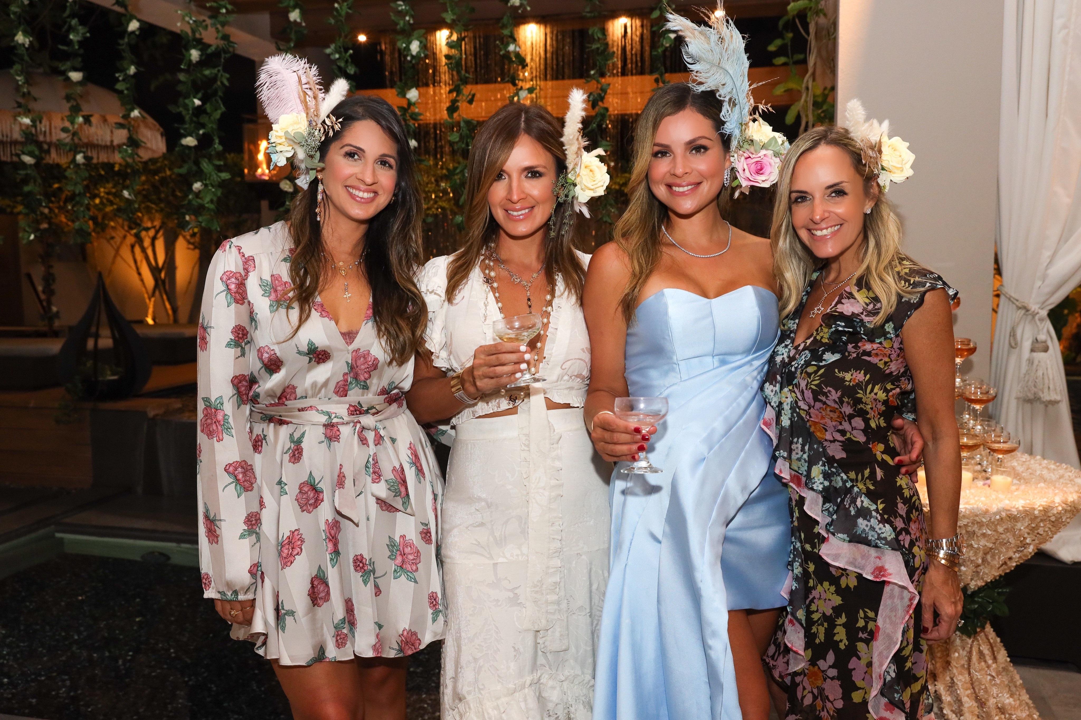 Natasha Laneras, Adriana Muentes, Mónica Ponce y Paola Freese. (Suministrada/Karina Margary)