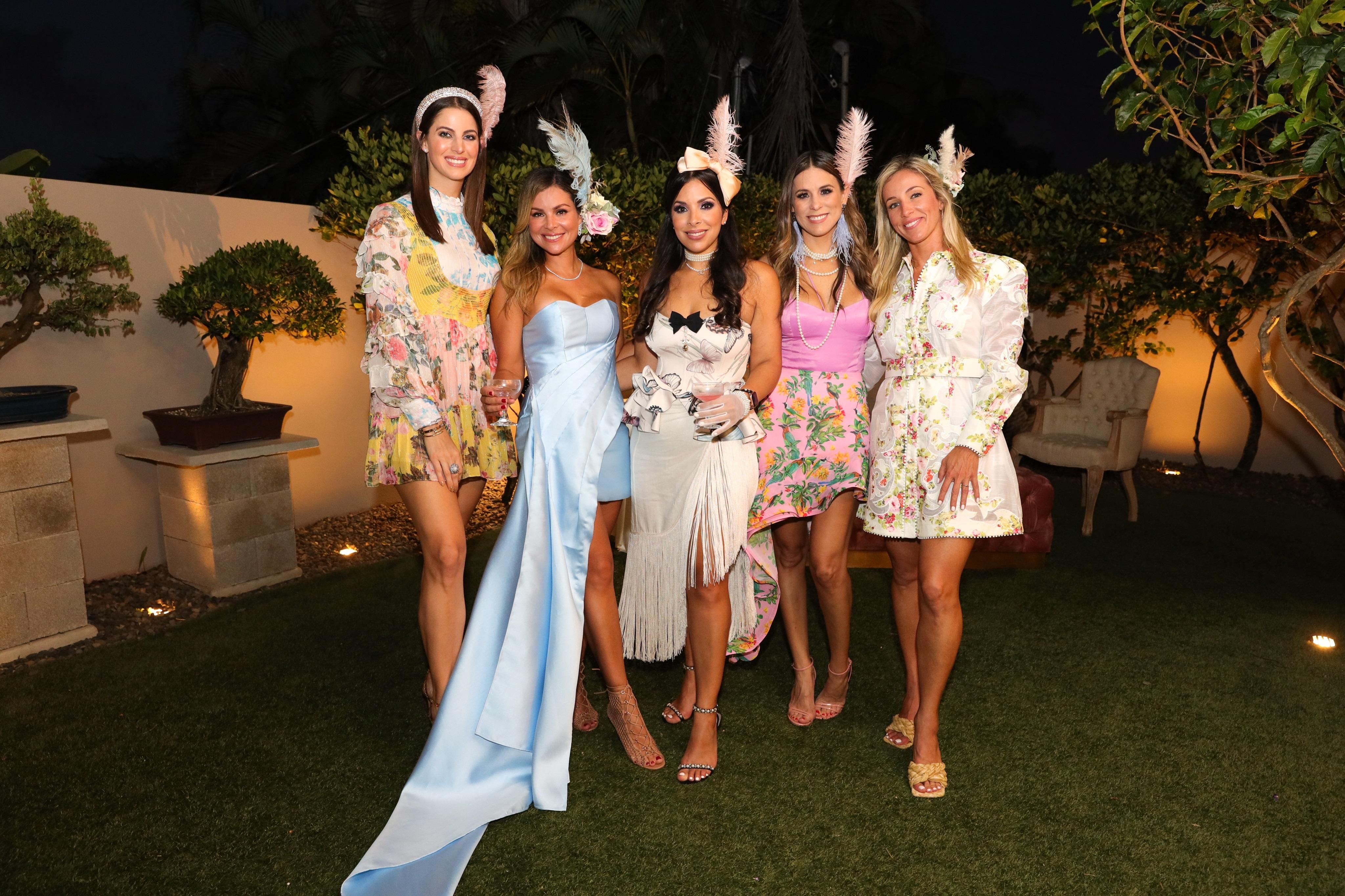Cindy Matosantos, Mónica Ponce, Viviana Mercado, Sofía Bautista y Natalia Mazorra. (Suministrada/Karina Margary)