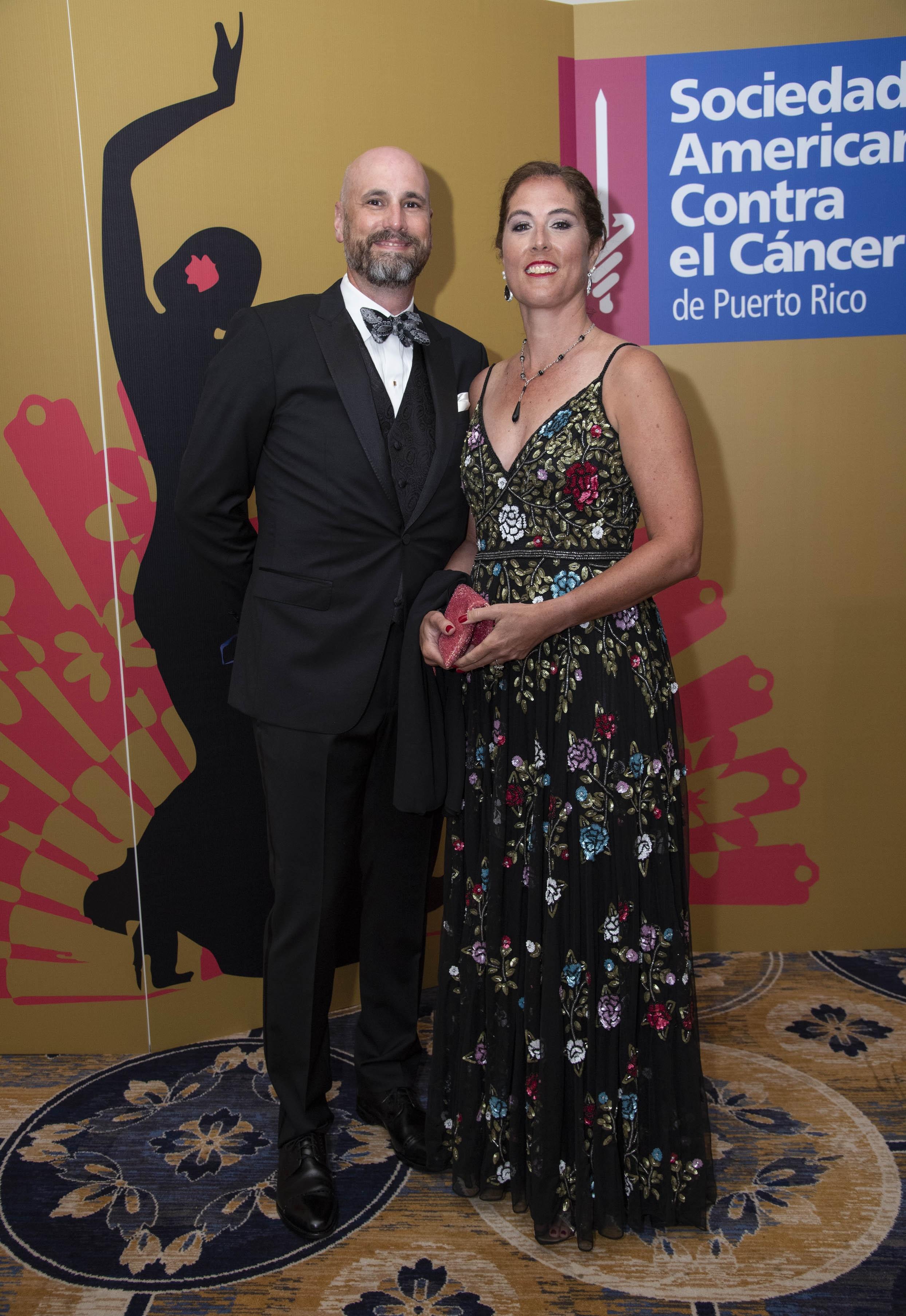 Brian Costello y su esposa, la Dra. Karen Knudsen, nueva CEO de la American Cancer Society. (Suministrada)