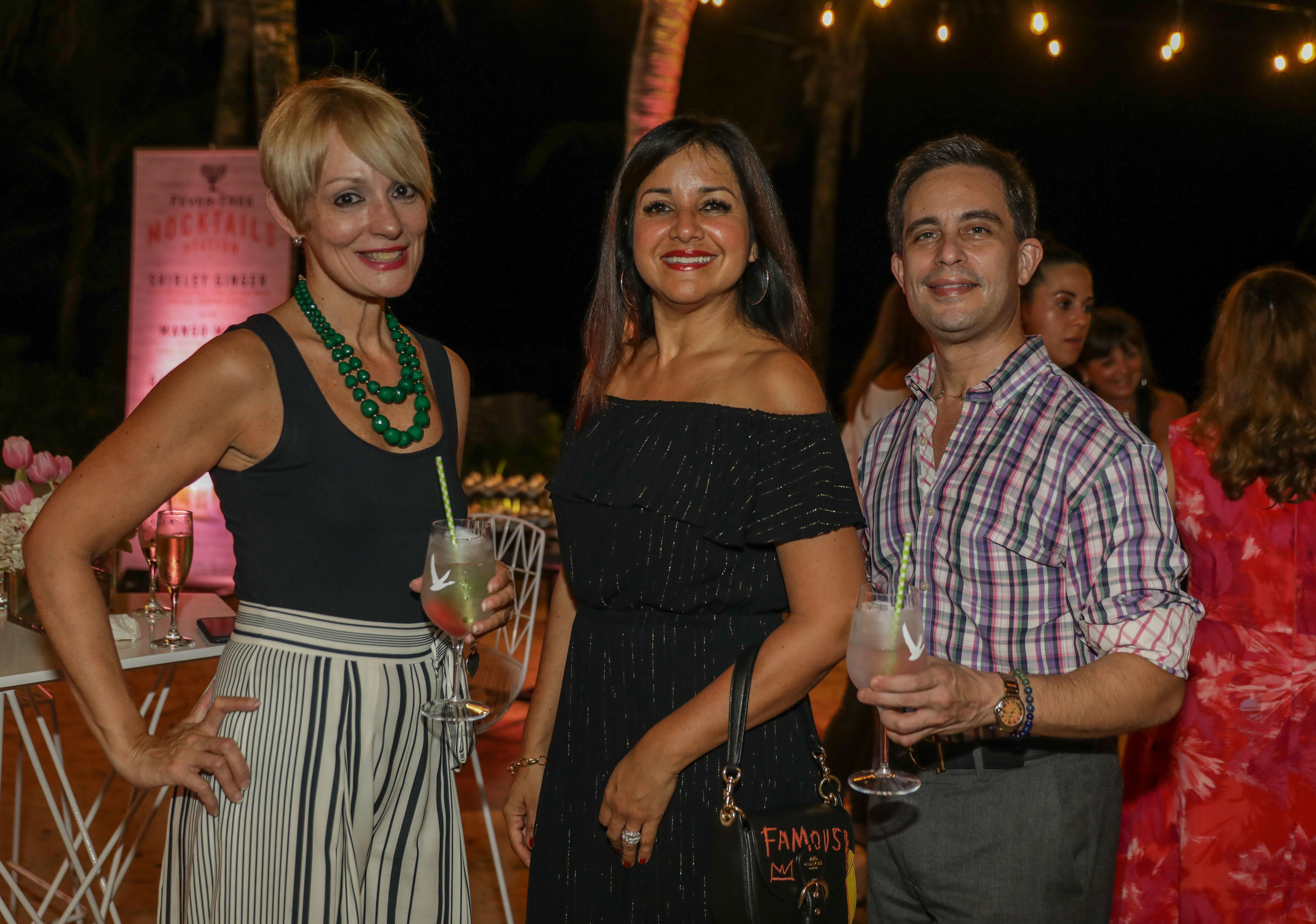 Brenda Pizarro, Nilda Ortiz y  y Eugenio Latimer (Suministrada)