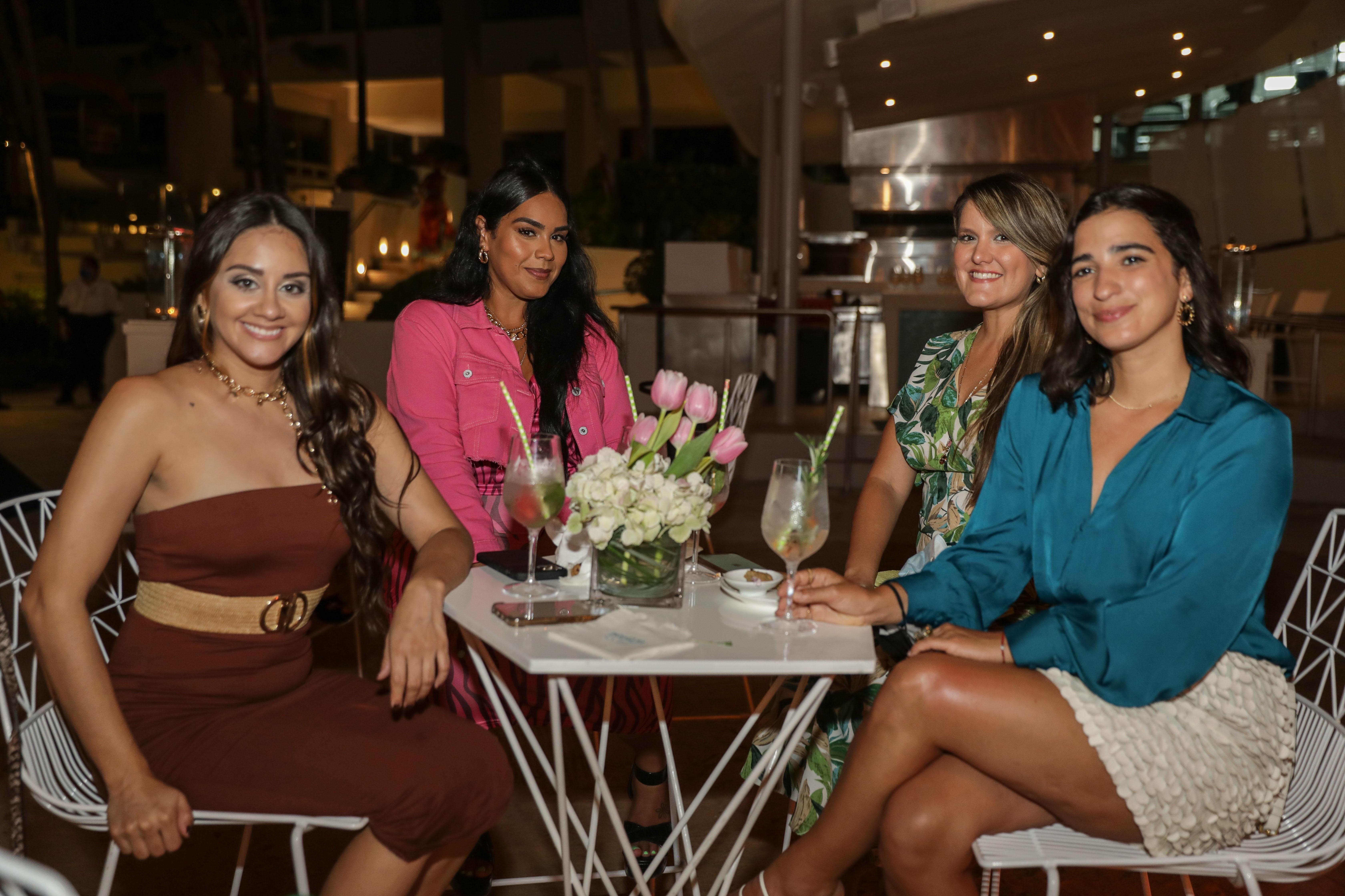 Charlene Gonzalez, Anisa Santiago, Monica Judith Cabrera y Yeiniz Nevarez (Suministrada)
