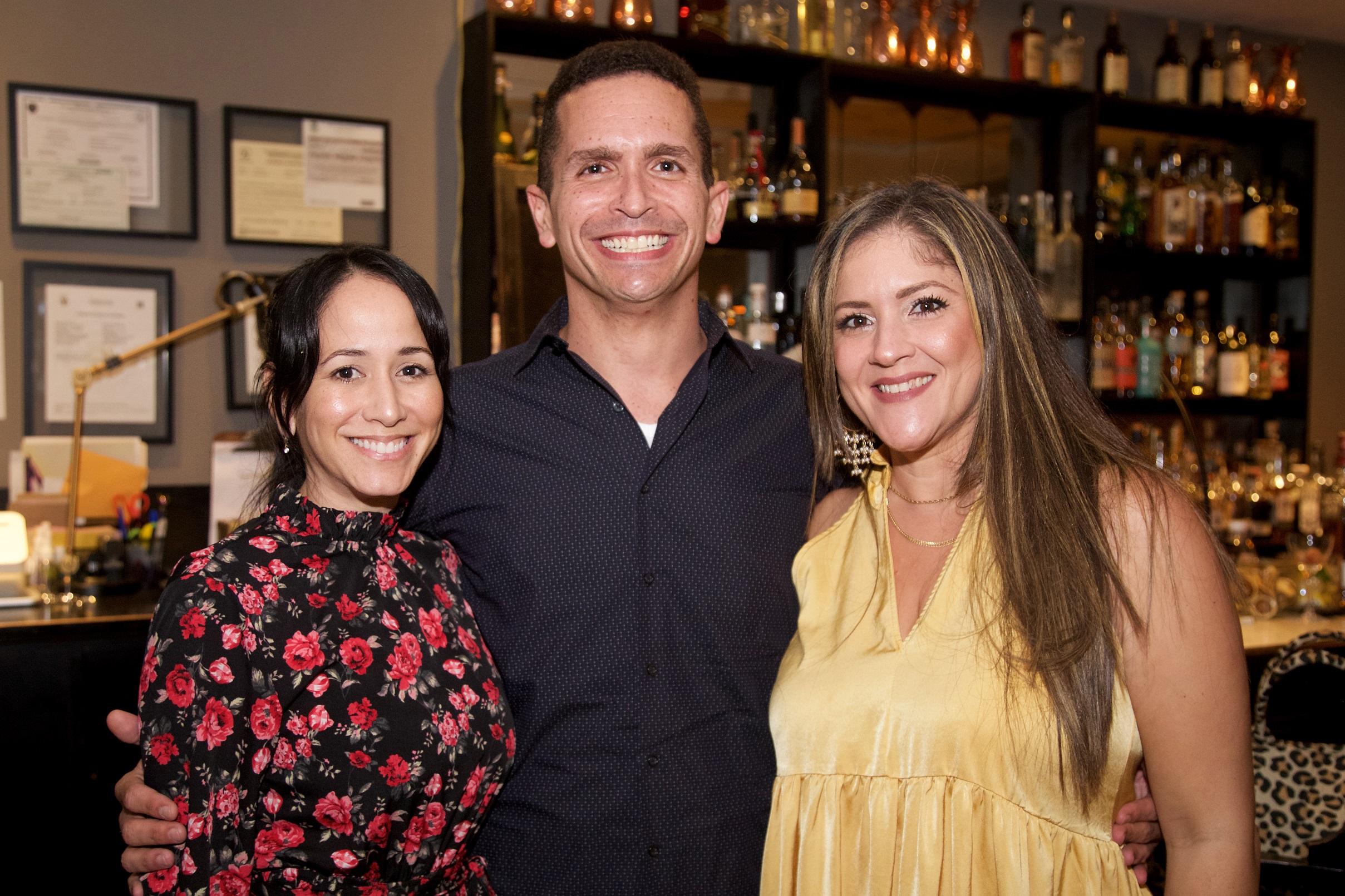 Nildaly Lara, George Hasbún y Alicia Guzmán (Nichole Saldarriaga)