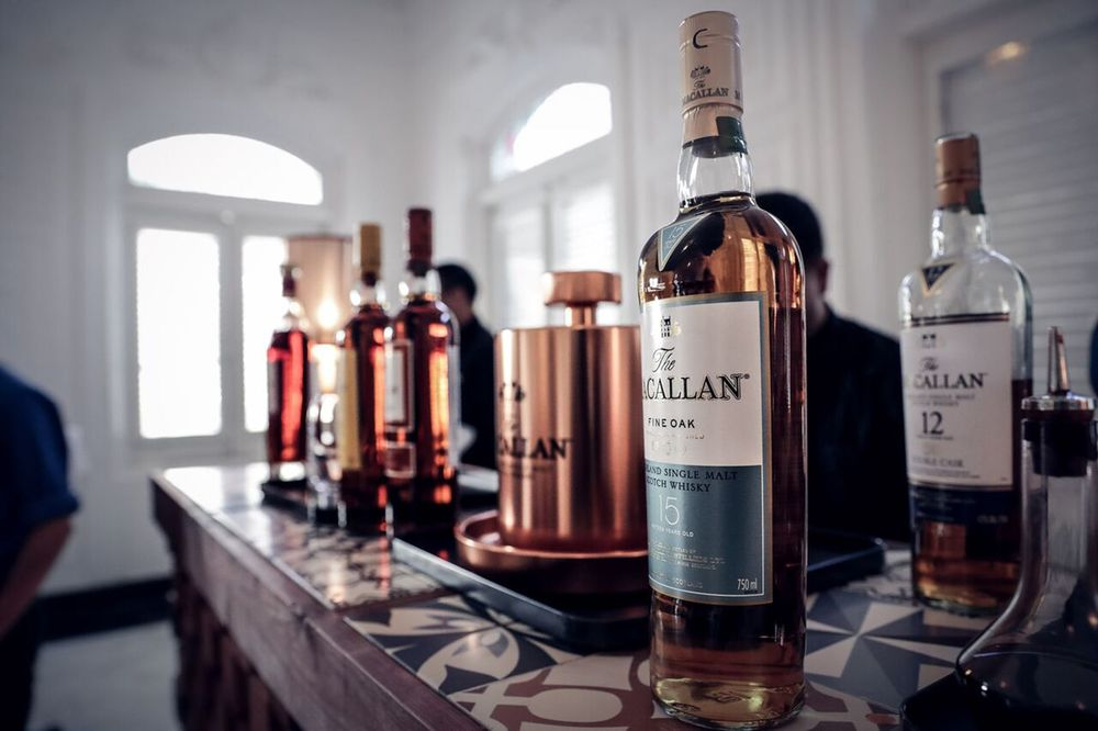 Los invitados degustaron las mejores expresiones de The Macallan como The Macallan Double Cask 12 years, The Macallan Sherry Old 12 years, The Macallan Fine Oak 15 years y The Macallan Rare Cask.