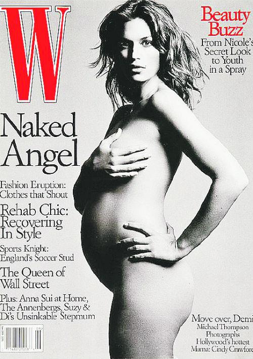 La modelo Cindy Crawford fue de las pioneras al posar para W en 1999. (Archivo)
