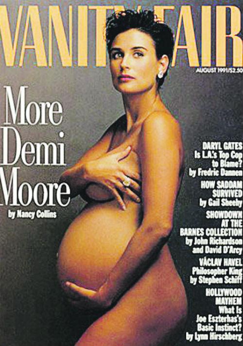 Demi Moore fue la primera famosa que se desnudó para una portada estando encinta en el año 1991, también, para el lente de Leibovitz. (Archivo)