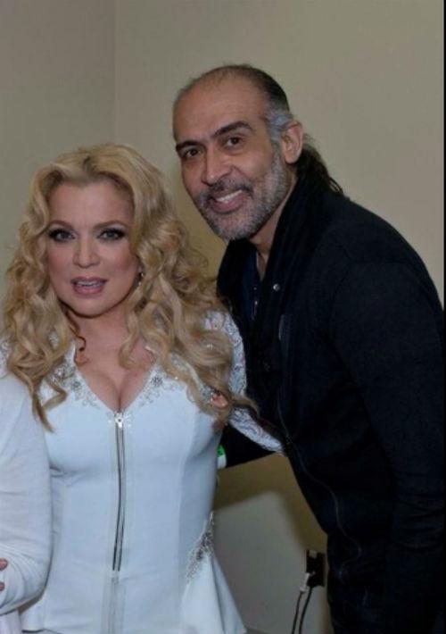 """Junto a su """"stylist"""" Ed Coriano. (Foto: Suministrada)"""