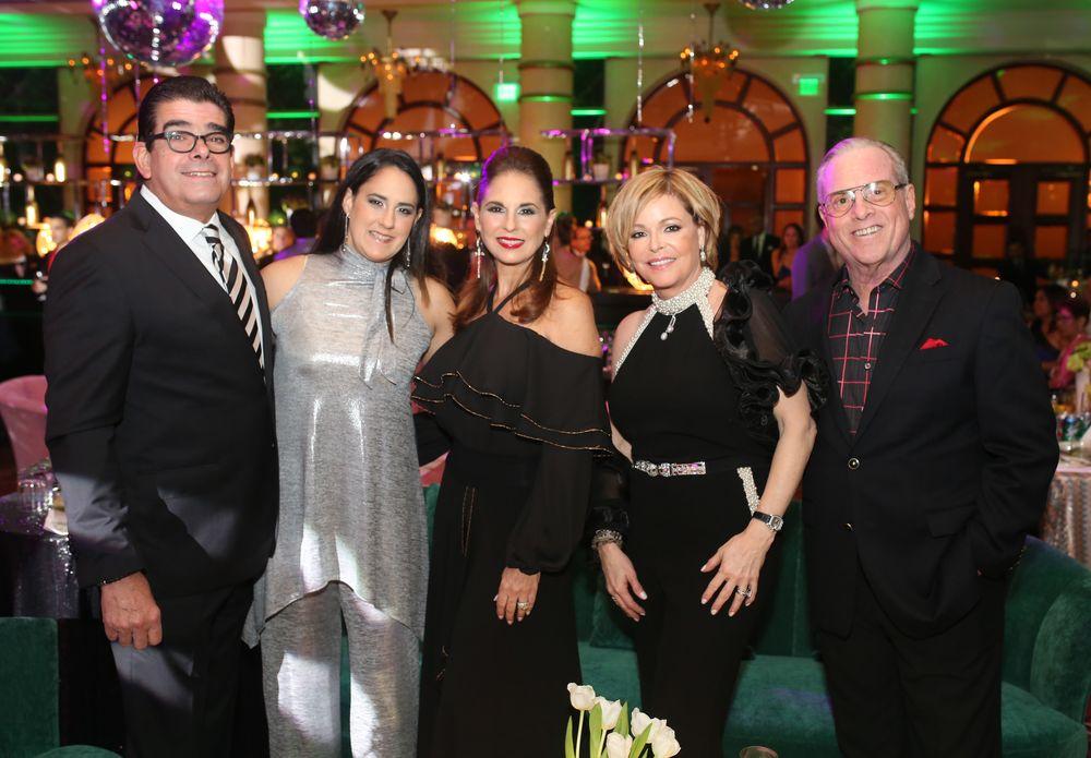 Edgardo Canales, Paola Navarrete, Suncy Guastella, Nedy y Charles Vaillant. Foto: José R. Pérez Centeno