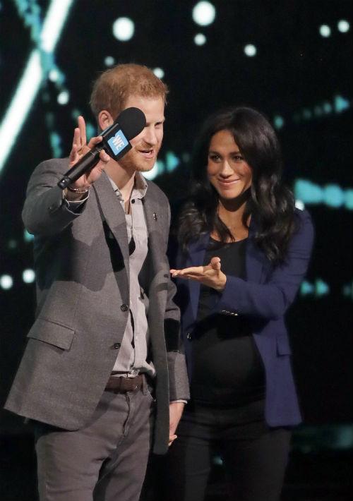 Harry reiteró la importancia de que los jóvenes mantengan una visión positiva y trabajen para su futuro. (AP)