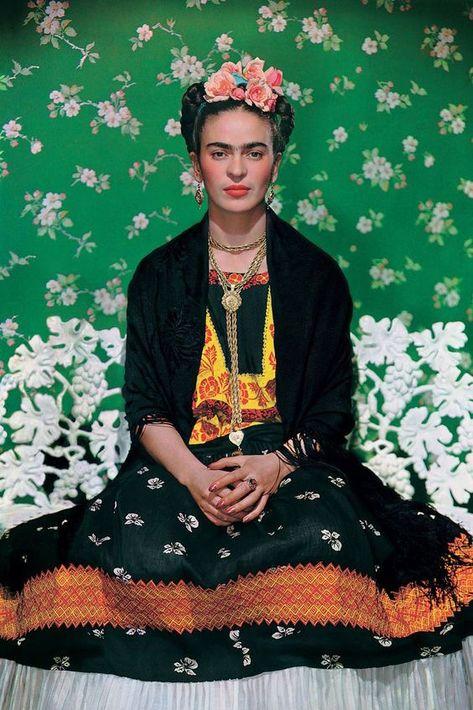"""""""Frida Kahlo, Making Her Self Up"""", la exposición del Victoria & Albert Museum en Londres. Exhibe muchos de sus objetos personales guardados por más de 50 años. (Suministrada)"""
