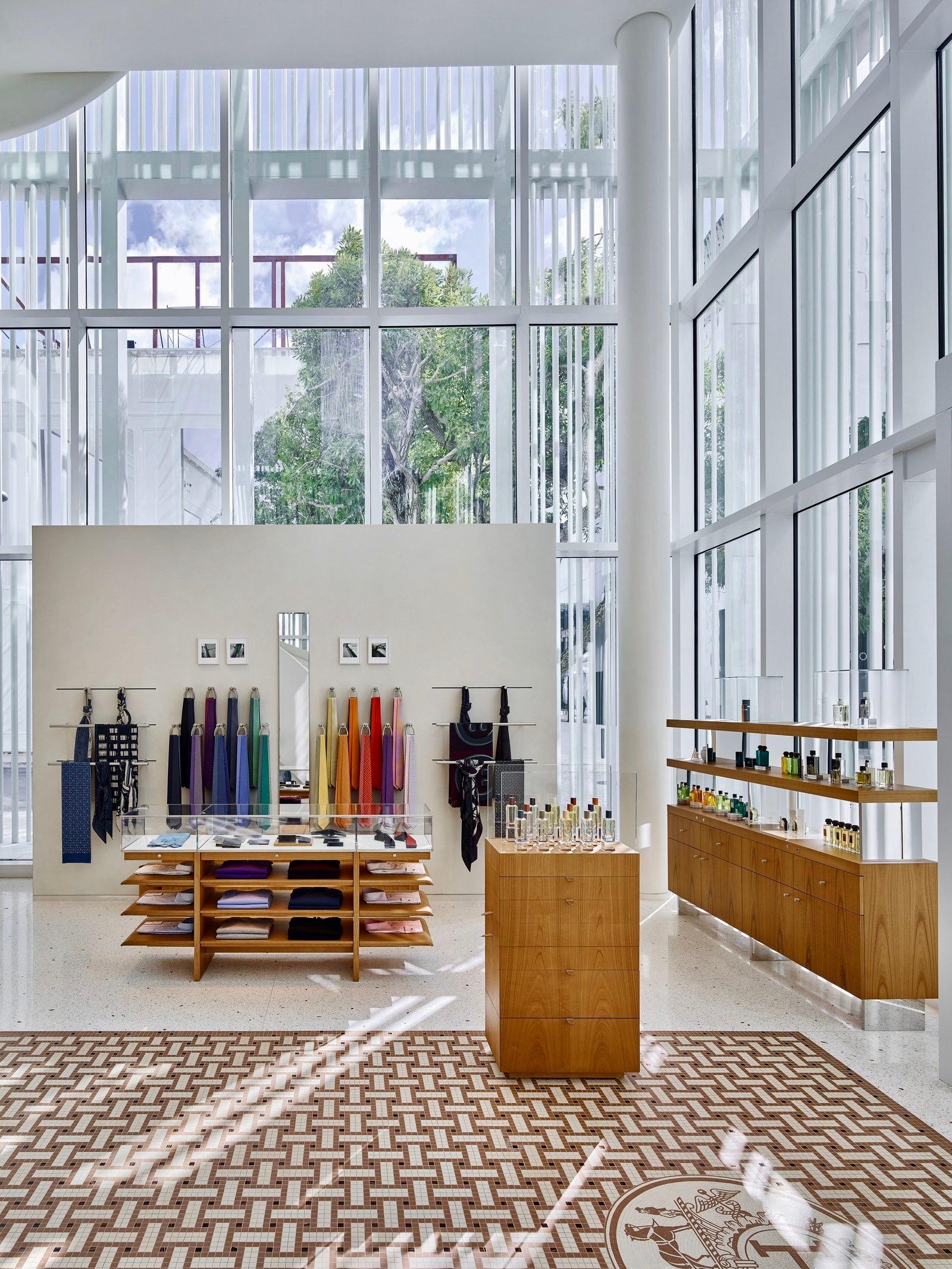 Hermès Store ¡La tienda de Hermès es una de las mas bellas que he visto! En el Miami Design District. Foto suministrada