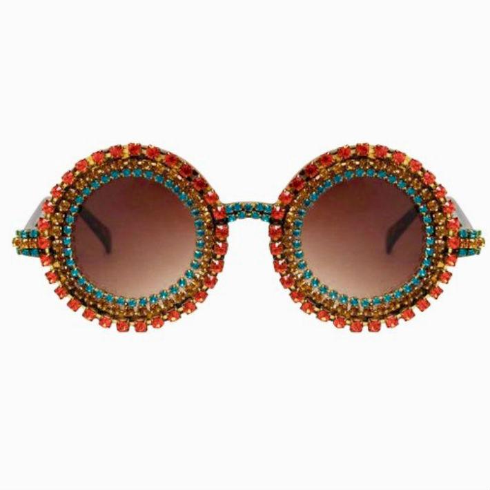 De la diseñadora Kerin Rose Gold, creadora de las gafas más exóticas y excéntricas, modelos en brillo con colores de otoño para la nueva temporada, en su espectacular línea de gafas A-Morir. (Suministrada)
