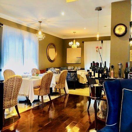 Restaurante Pied à Terre Para los amantes de la buena mesa… Pied à Terre, un pequeño gran restaurante con excelente y clásica cocina francesa. En el Hotel Cadet. 1701 James Ave., Miami Beach. Foto suministrada
