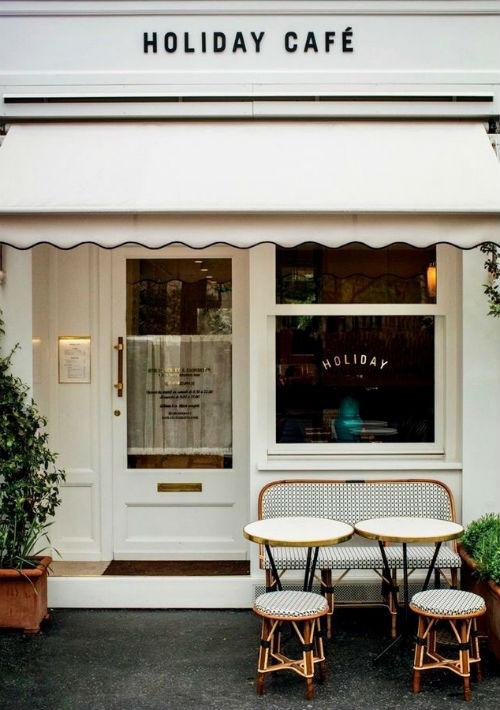 """Holiday Café, de los creadores de la revista Holiday, el café que representa el nuevo """"cool"""" parisino. El """"in place"""" de los fashionistas para un exquisito brunch. 192 Avenue de Versailles, París. (Foto: Suministrada)"""