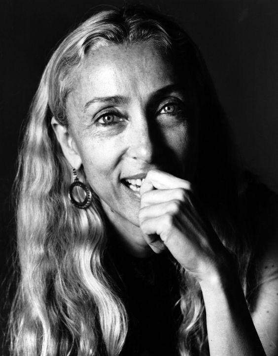 Franca Sozzani - De las más importantes editoras de moda. Durante más de tres décadas como directora de Vogue Italia, su visión del periodismo insertó la moda en la actualidad social y política del momento. (Suministrada)