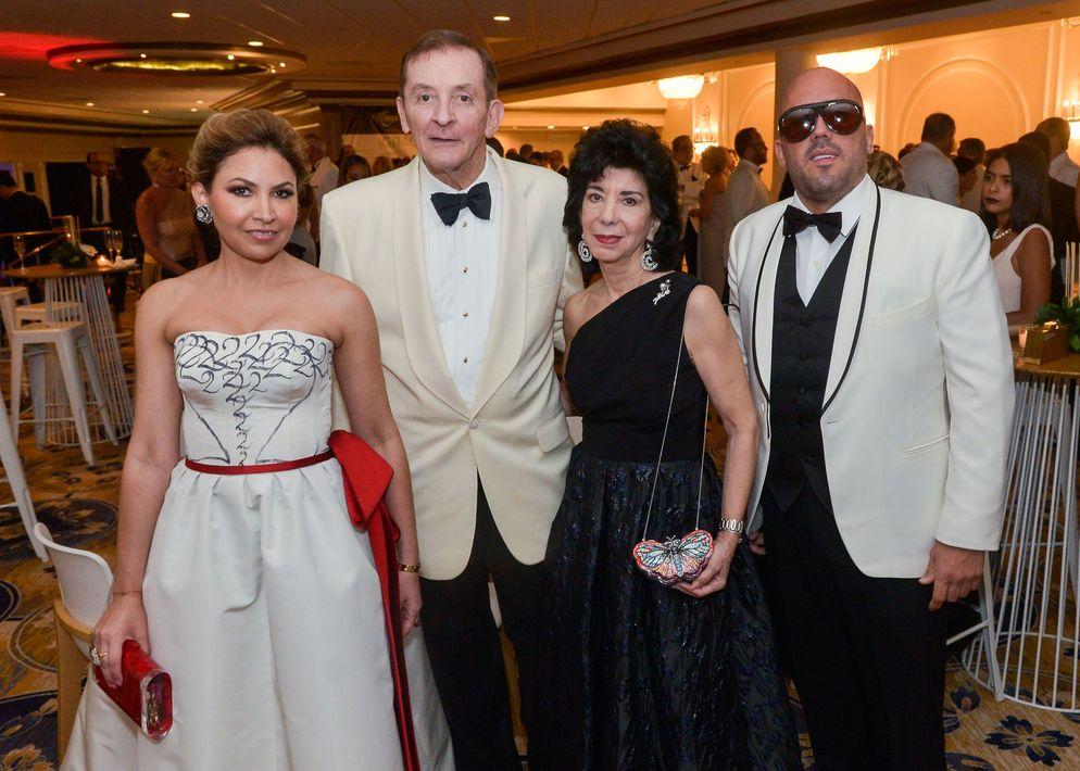 Anna Di Marco, John Belk, Margarita Serapión y Walter Otero.