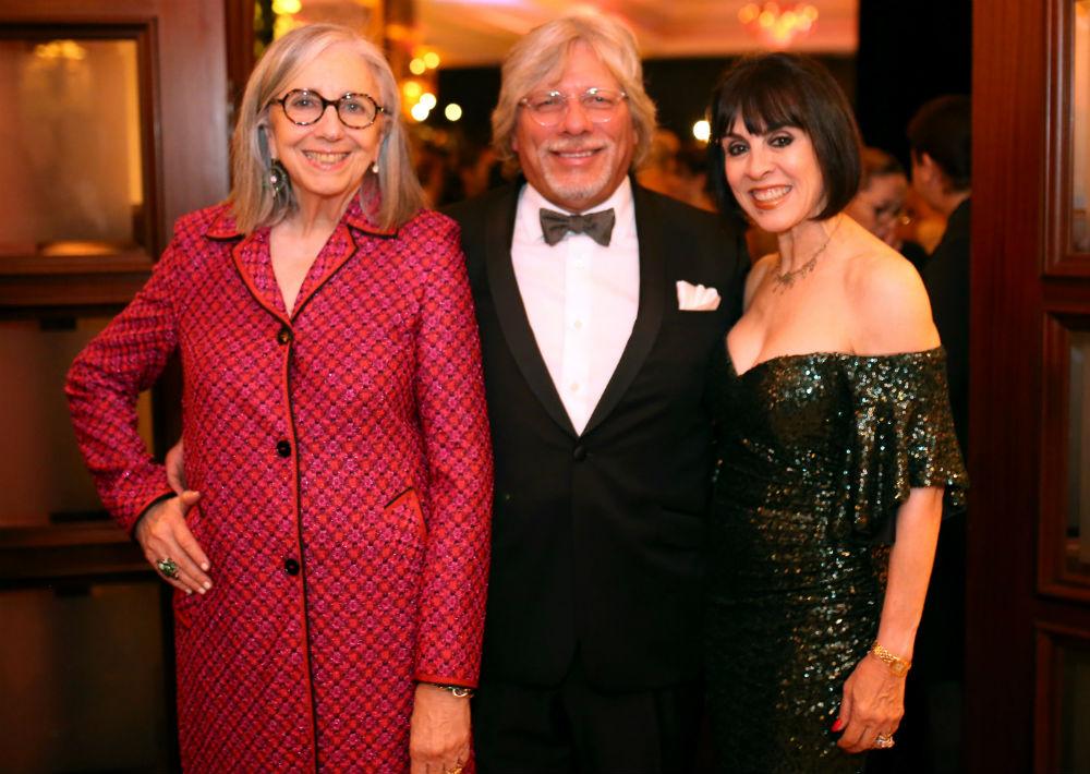 Marie Helene Morrow, Sajo Ruiz y Eva Diaz. Gala MAP 2018. (Foto: José Rafael Pérez Centeno)
