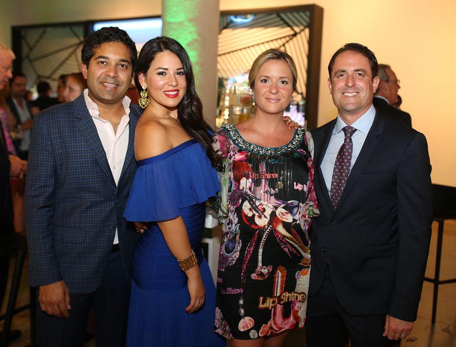 Fahad Ghaffar, Glendaliz Acevedo, Paola y Gerard Gil. (Foto: José R. Pérez Centeno)