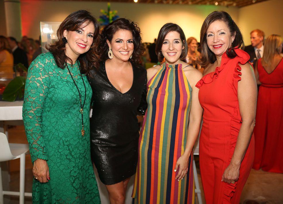 Delba Garrastegui, Anamalys Meléndez, María Cristina Pérez y Carmen Laura Marrero. (Foto: José R. Pérez Centeno)