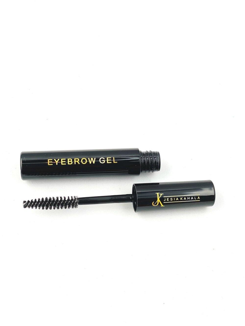 Un producto en gel sin color para cuando quieras dejarlas naturales, como el Eyebrow Gel Clear de Jesia Kahala, a la venta en https://www.jesiakahala.com/ (Suministrada)