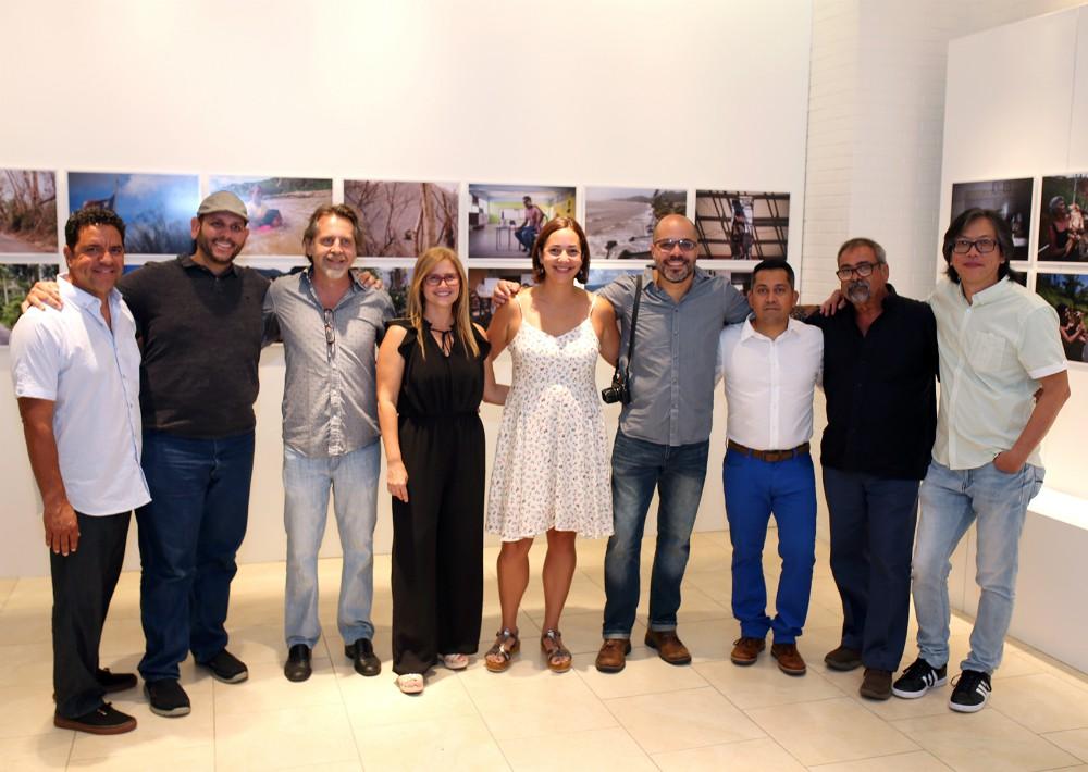 Algunos de los fotoperiodistas que participan de la exposición. (Foto: José R. Pérez Centeno)