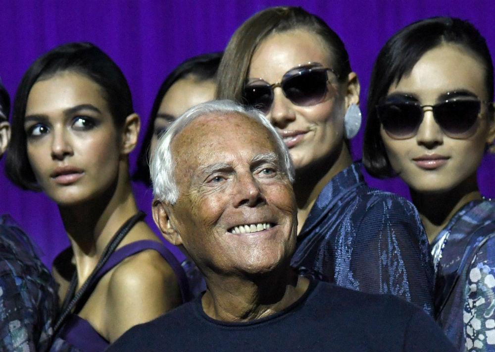 Uno de los diseñadores italianos más famosos del mundo, Giorgio Armani ya cuenta con 83 años de edad. (Archivo)