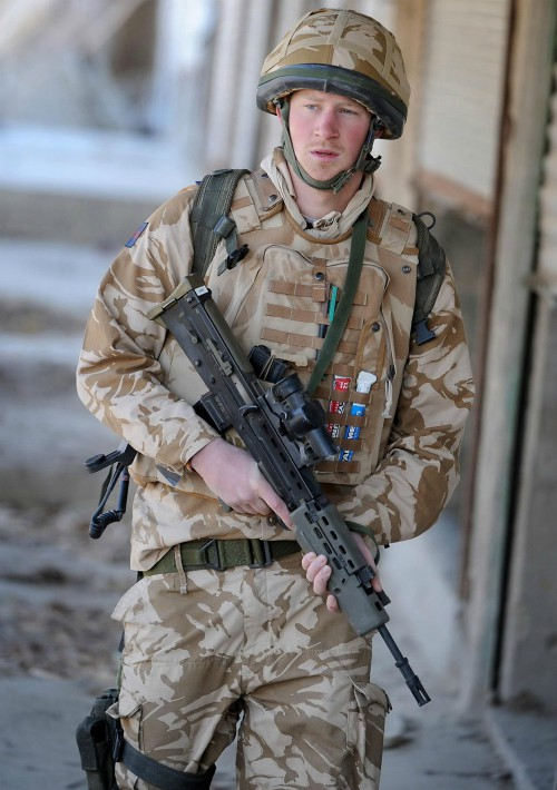 Activo militar. Ingresó en la Real Academia Militar el 8 de mayo de 2005, donde era conocido como cadete oficial Gales y más tarde se graduó como piloto de las Fuerzas Aéreas Reales británicas. Se retiró en 2015 tras 10 años de servicio. (Foto: Archivo)