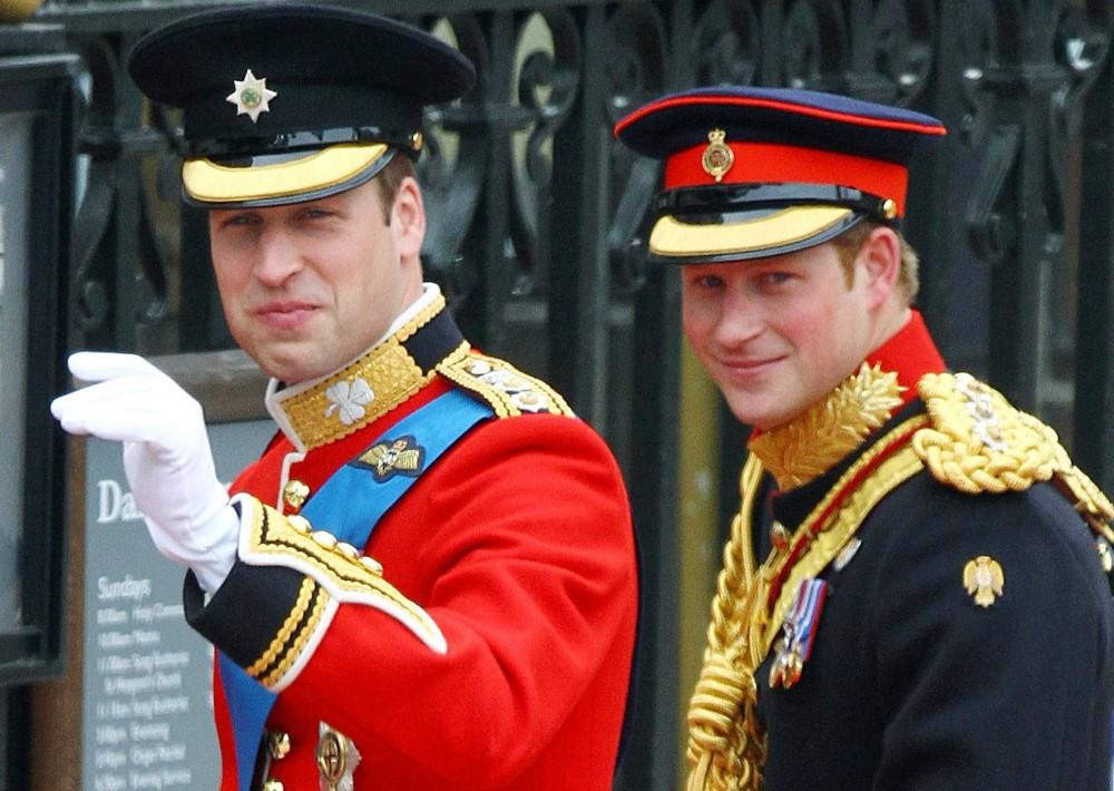 Padrinos de boda. Así como el príncipe Harry fue en el 2011 el padrino de boda de su hermano William con Kate Middleton, hoy intercambiaron los roles. Esta vez ambos son parte de lo que se considera un enlace que rompió protocolos y que marca una nueva era en la monarquía británica. (Foto: Archivo)   Archivo