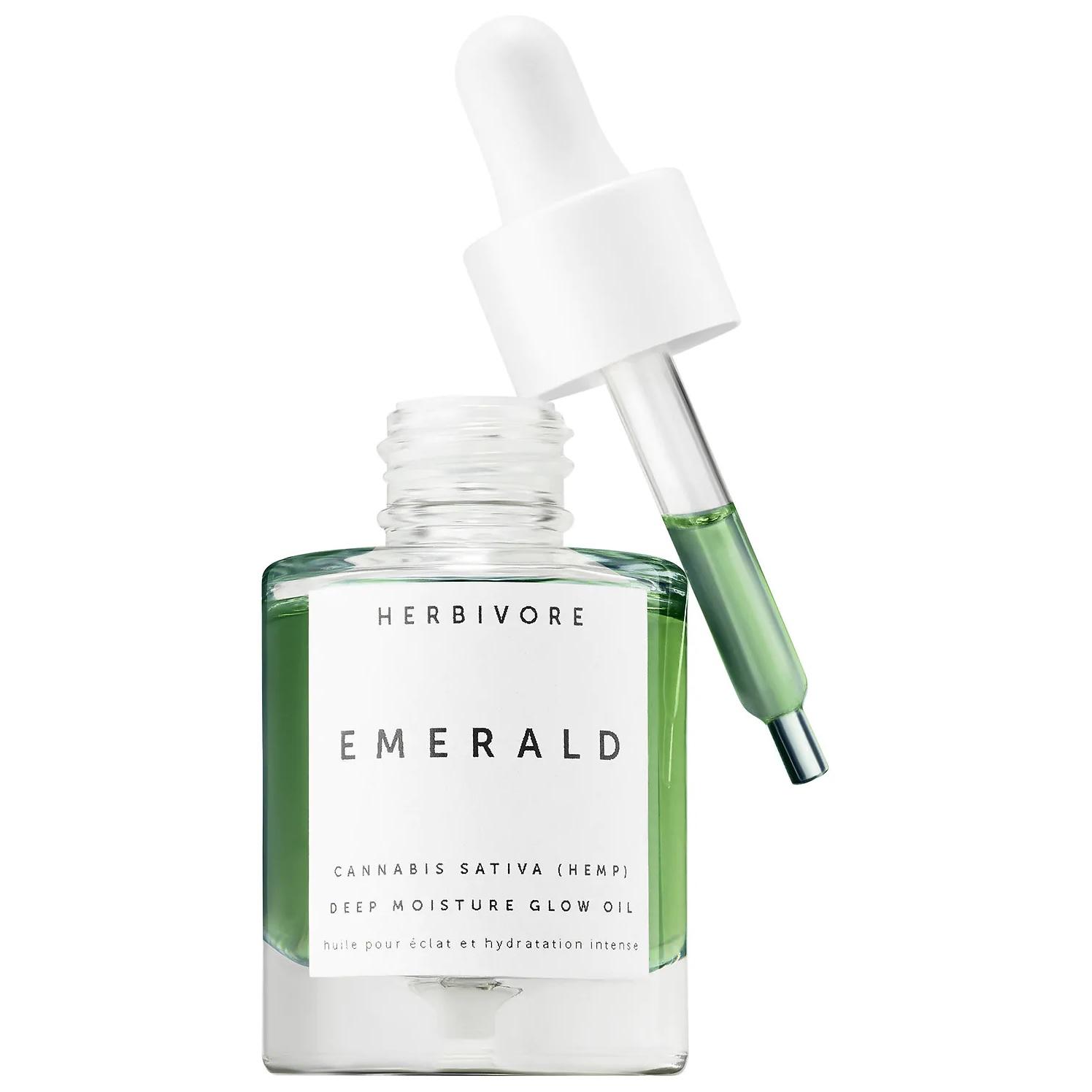 Herbivore Emerald Cannabis Sativa Hemp Seed Deep Moisture Glow Oil busca devolverle el resplandor a la piel con ingredientes tales como aceite semilla cáñamo de cannabis sativa, Squalane y adaptógenos para calmar y nutrir la piel con una hidratación profunda y duradera.  (Suministrada)