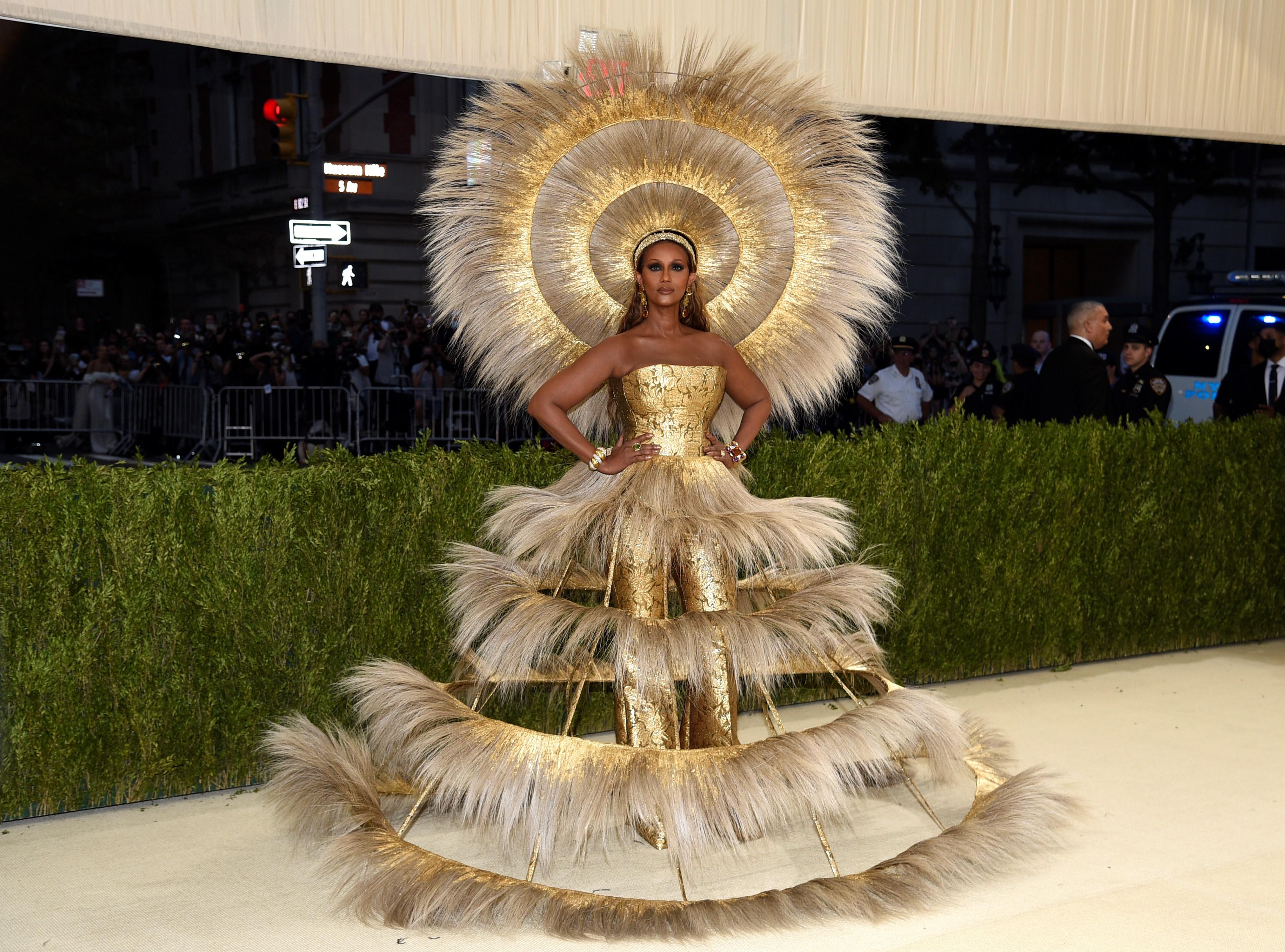 La modelo Iman en una creación de Gucci.