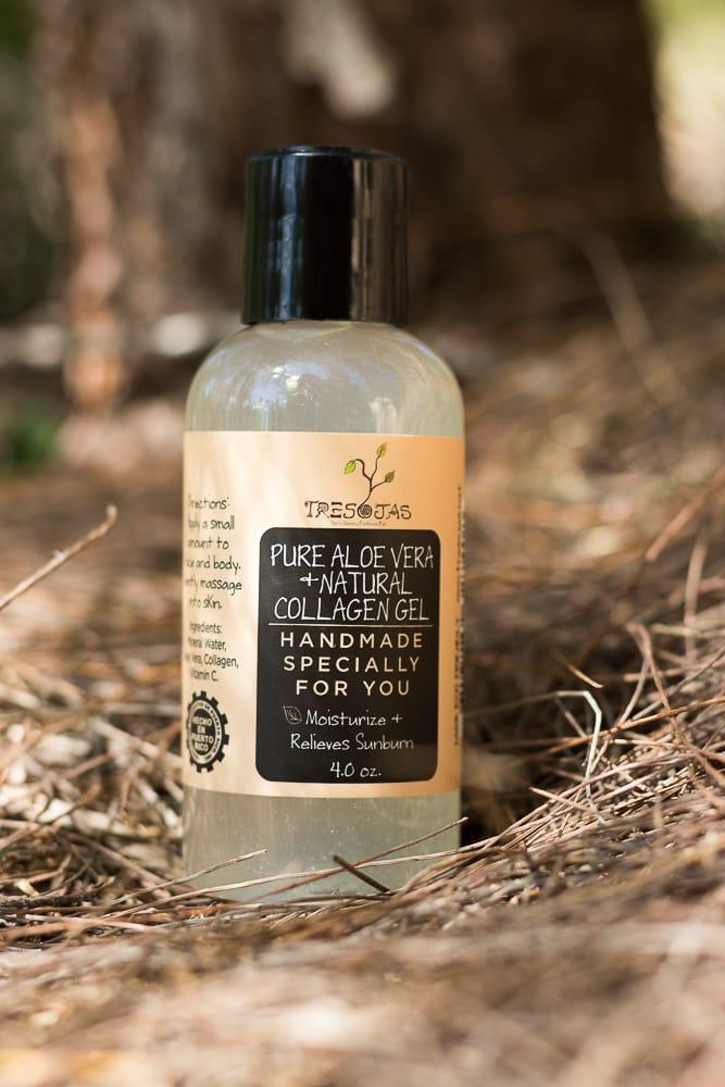 Pure Aloe Vera + Natural Collagen Gel de Tresojas contiene sábila pura vitamina C, E, colágeno y centella asiática. Se aplica luego del baño.  Consíguelo en tresojaspr.com (Suministrada)