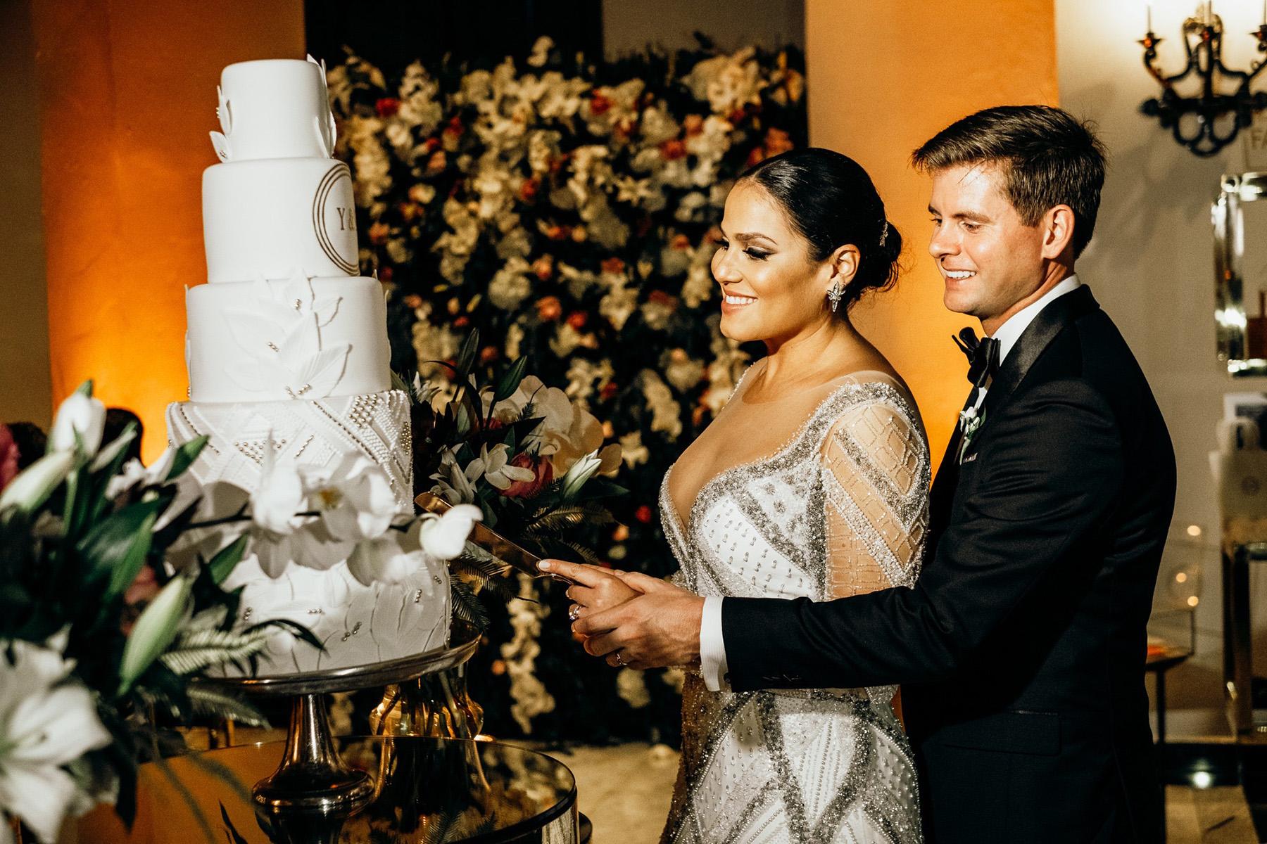 Disfrutaron de un exquisito bizcocho  de Gabriel Díaz Cake Designer. Foto Esteban Daniel Photography.