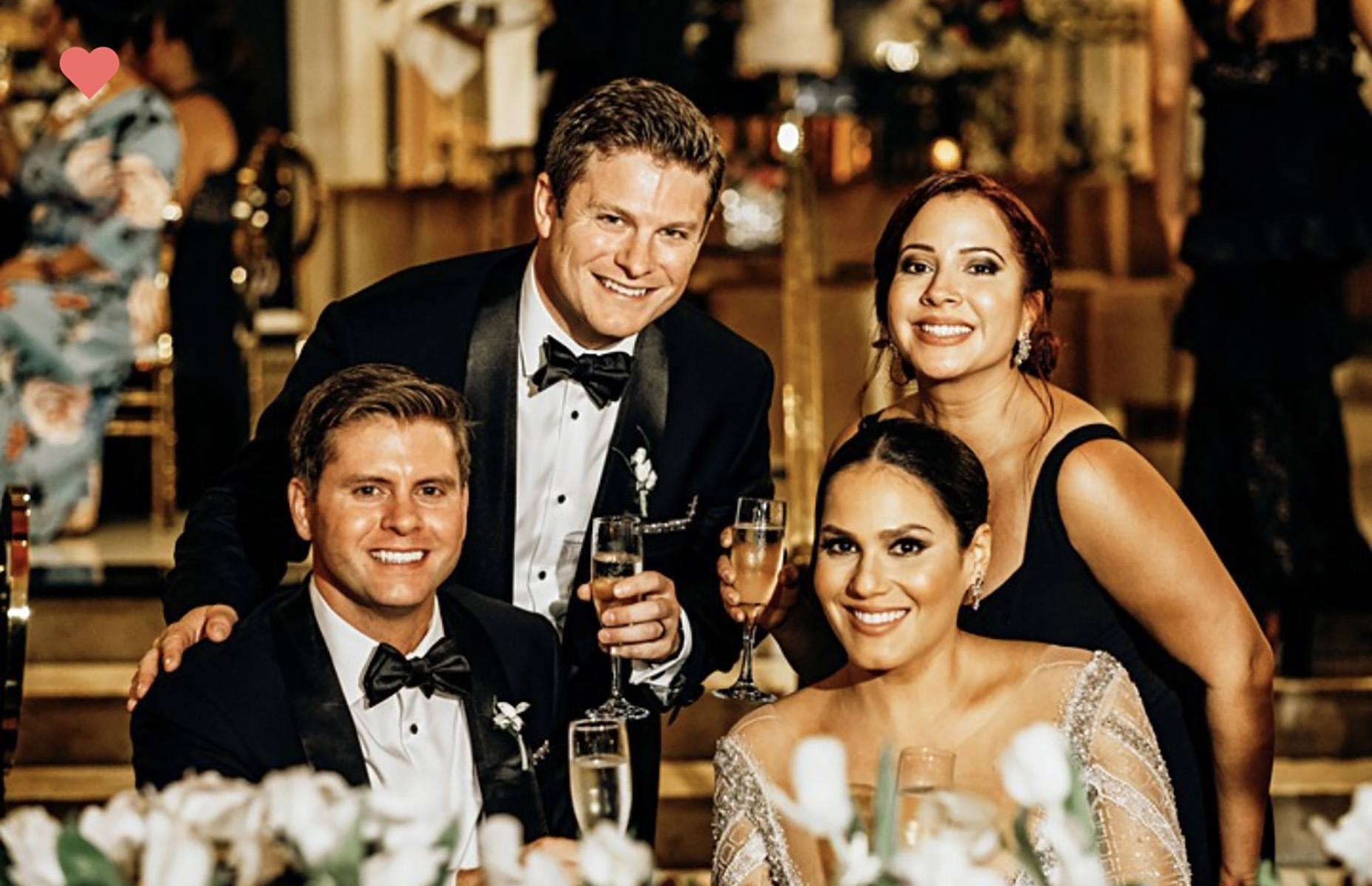 La pareja e invitados.Fotografía Esteban Daniel Photography