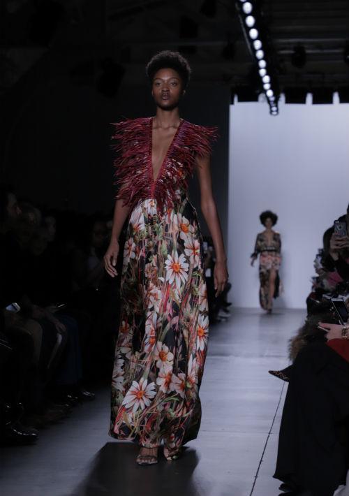 La combinación de textiles fue un elemento clave para darle dinamismo a muchas de las piezas. (Foto: Suministrada)