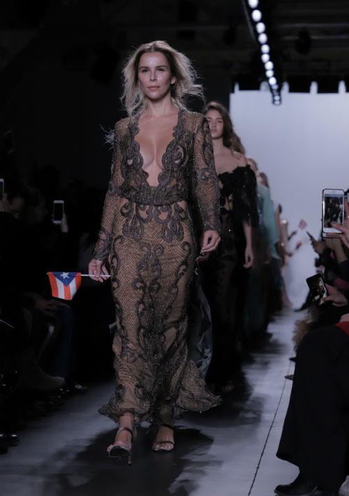 La modelo española, Águda López, esposa del cantante Luis Fonsi, fue una de las invitadas a la pasarela de Nolasco. (Foto: Suministrada)