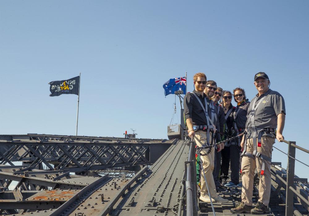 En la comitiva también estaban Luke Hill, Ruth Hunt, Heidi Joosten y Michael Lyddiard, integrantes del equipo australiano que participará en esta competición que durará hasta el 28 de octubre. (Dominic Lipinski/ AP)