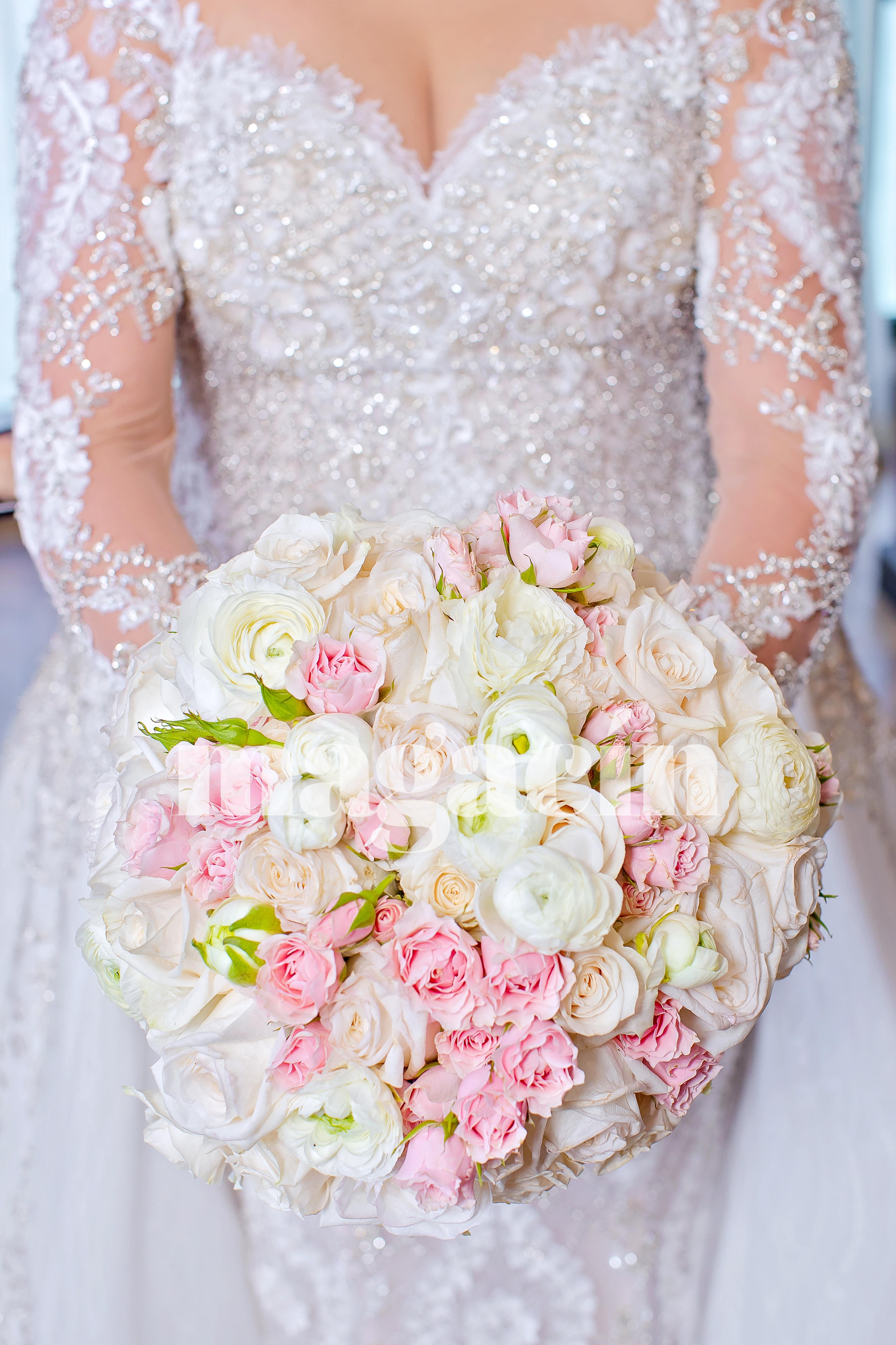 Los colores de la boda fueron tonalidades rosa y crema. (Suministrada/ Claudette Montero)