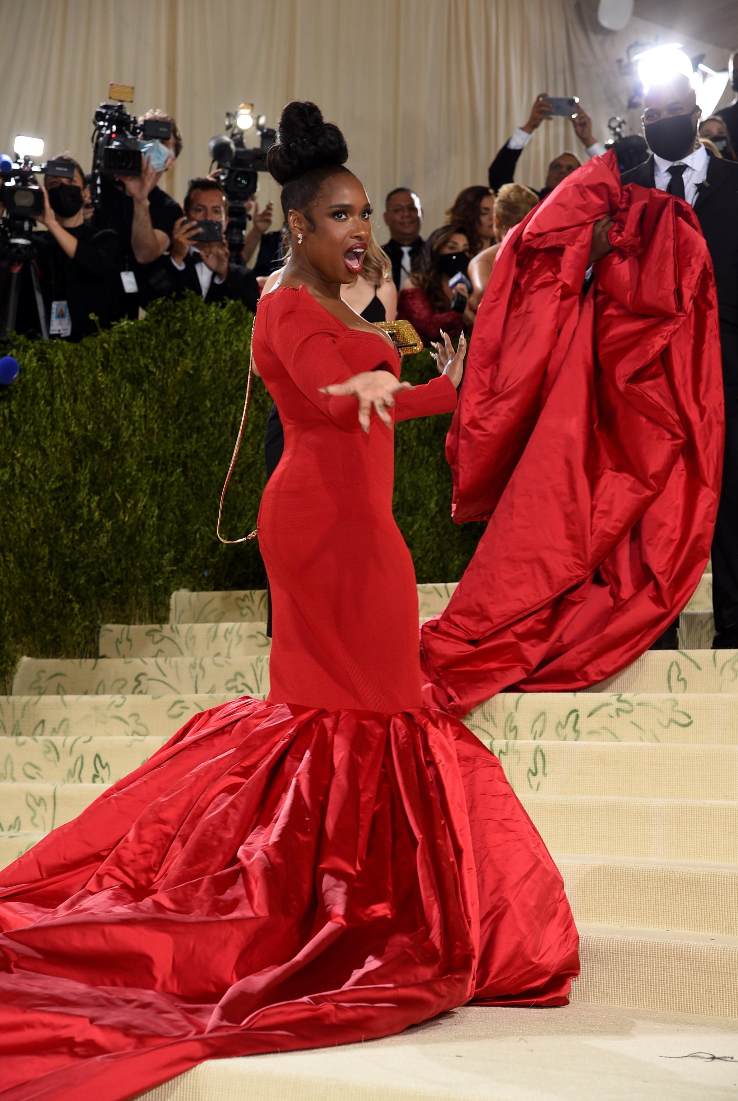 La cantante y actriz Jennifer Hudson en un vestido de Tom Ford.