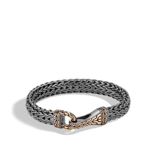 Pulsera plana de John Hardy - Una clásica cadena de plata esterlina rodio negro y oro amarillo de 18 quilates, diseño de que puedes comprar en Reinhold Jewelers. (Suministrada)