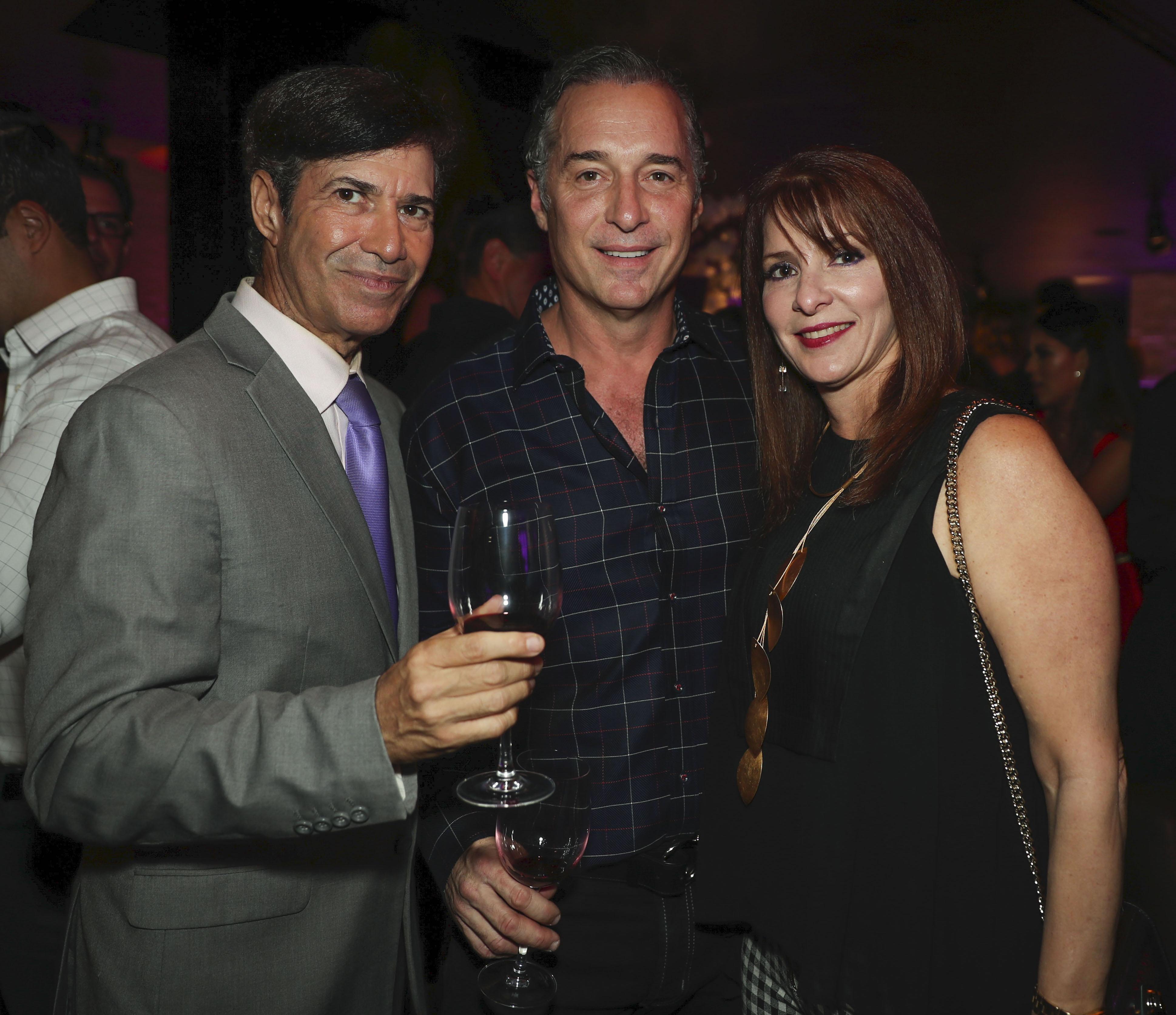 Jose L de Castilla, Eric y Tere Adler. (Suministrada)