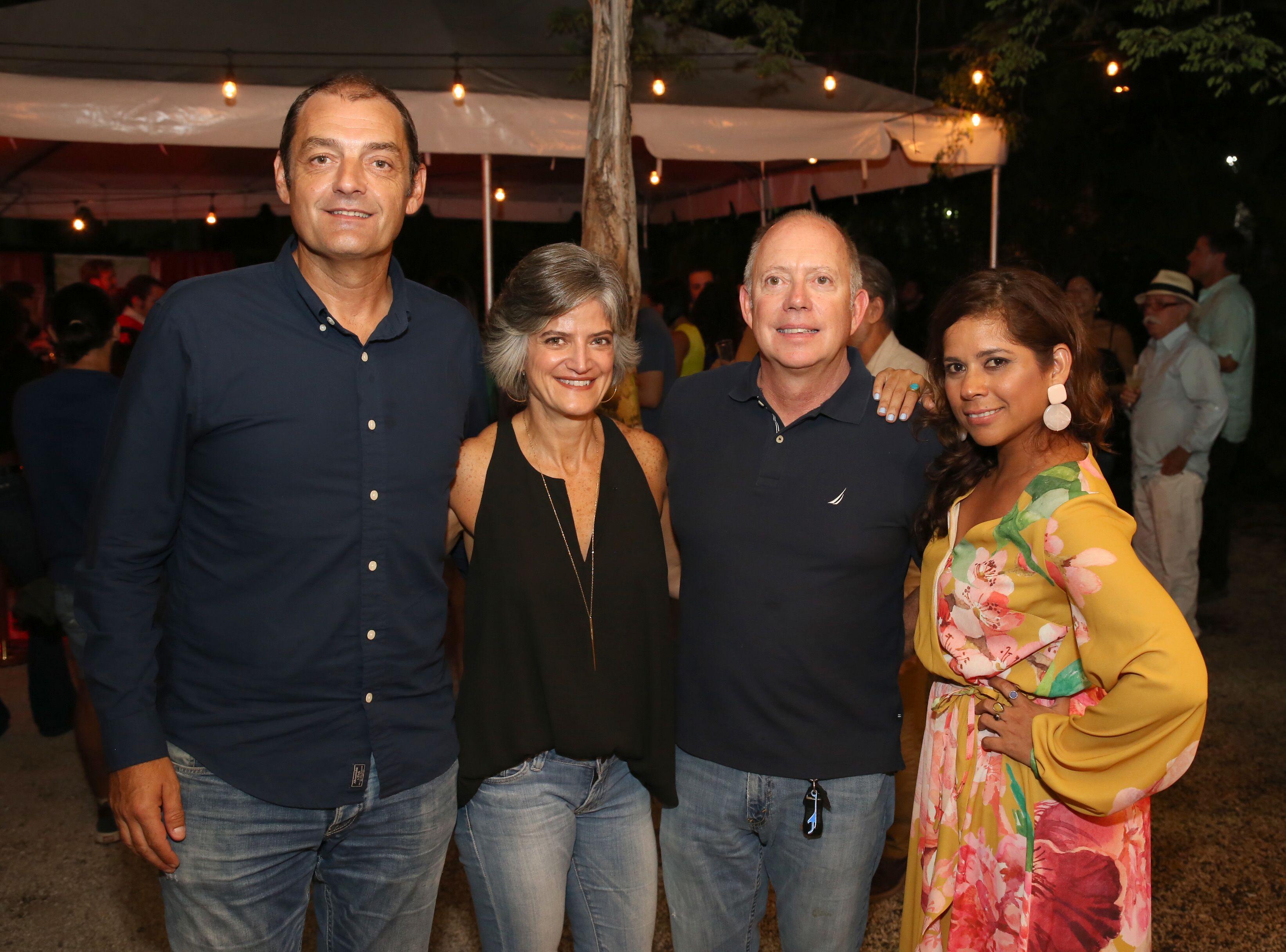 Juan Luis Carril, Sofia Moraskie, Mike Moraskie y Cynthia Wiesner. (Suministrada)