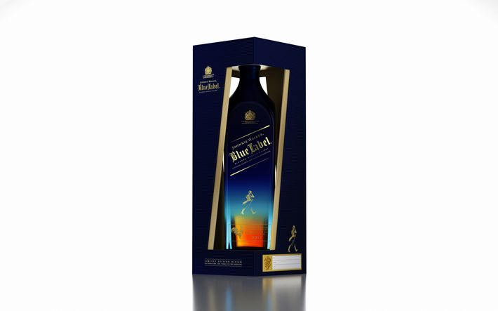 "Whisky Johnny Walker Blue Label ""Year of the Rooster Limited Edition"" de la Bodega de Méndez."