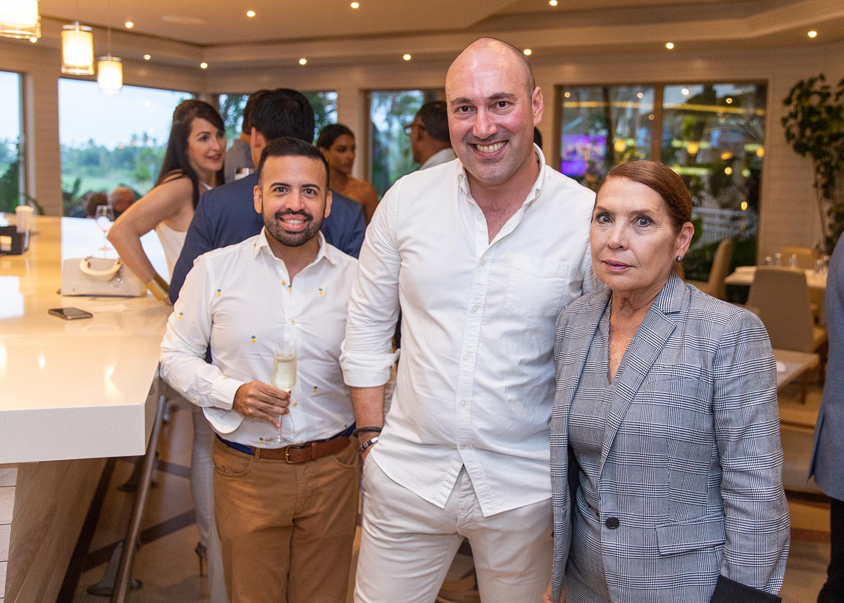 Efraín Santiago, José Ángel Cicero Torre y Heidi Souffront. (Suministrada)