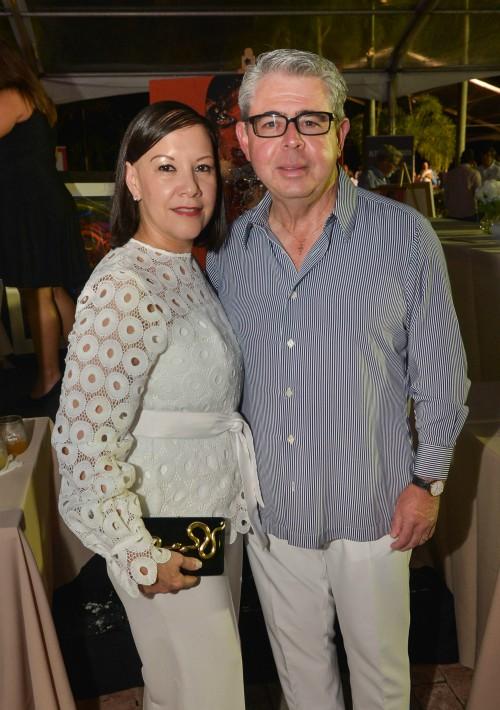 Lourdes y Aniceto Solares. (Foto Enid M. Salgado)