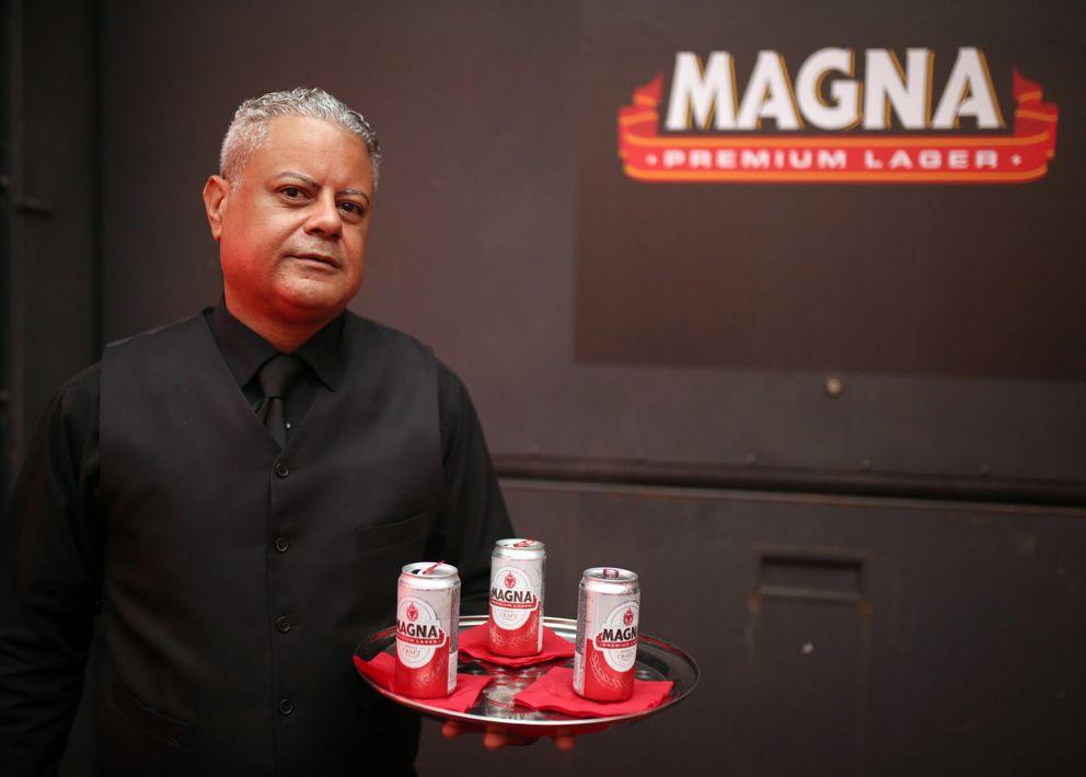 """""""Queremos que Magna lleve a la perfección los detalles que le confieran una identidad individual y propia de categoría Premium"""", mencionó Jorge Bracero, principal oficial de Mercadeo de Cervecera de Puerto Rico, durante la presentación del producto. Foto José R. Pérez Centeno."""