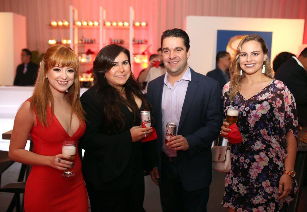 Ariana Rivera, Astrid Marrero, Juan Carlos Pedreira y Verónica López. Foto José R. Pérez Centeno.