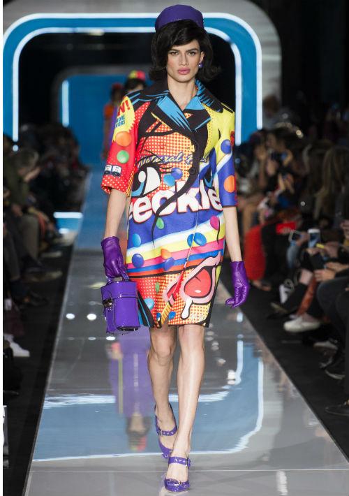 Se trató de una pasarela llena de color que destacó estilos retro-futurísticos. (WGSN)